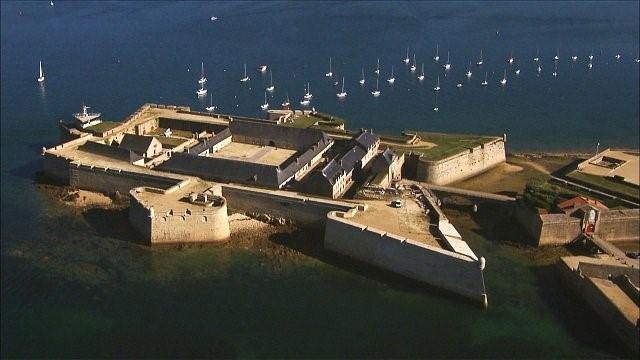 port louis morbihan au domaine des camelias